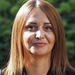 Diana Bakula 2020 Web